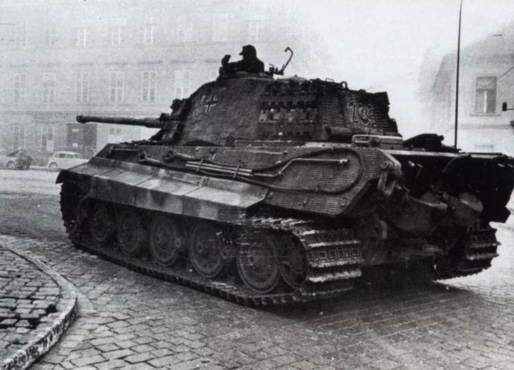 Tiger II (King Tiger) in UngarnBudapest