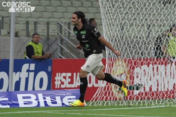 Com começo arrasador, Ceará bate América-RN e se distancia da degola - Yahoo! Esporte Interativo