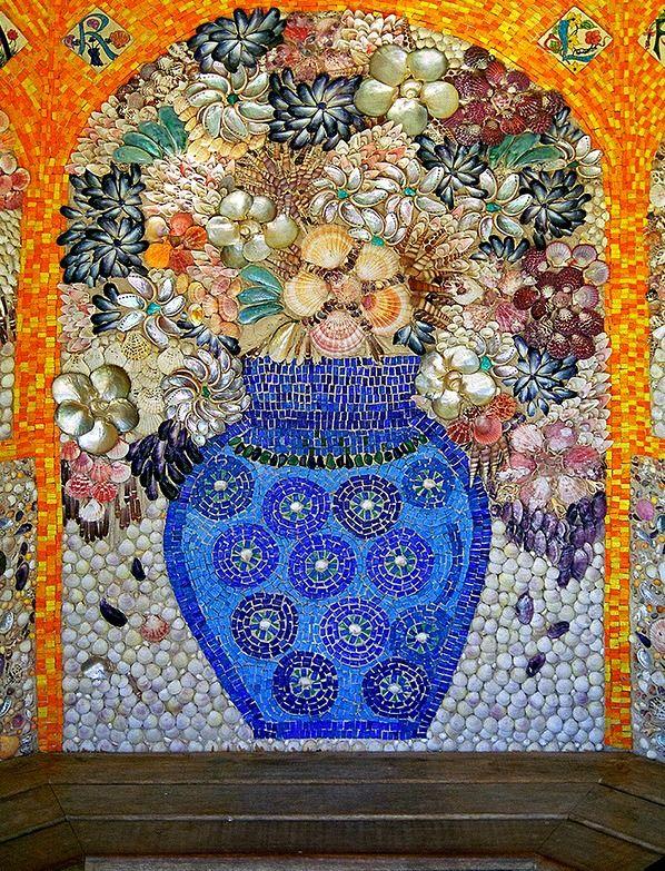 Garden Pergoda with mosaic made from sea shells at Tresco Abbey Garden, Tresco, Isles of Scilly. Photo: ukgardenphotos.