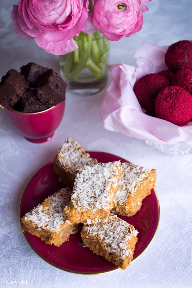 3 gånger smarta sötsaker, böntryfflar, raw morotskaka, hallonhavrebollar, Nyttigt, Raw food, Vegan, Smarta sötsaker, Glutenfritt, Mjölkfritt, Recept, Livsaptit