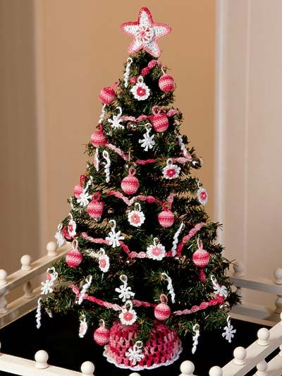 Crochet for the Home - Holiday Crochet Patterns - Victorian Christmas Tree