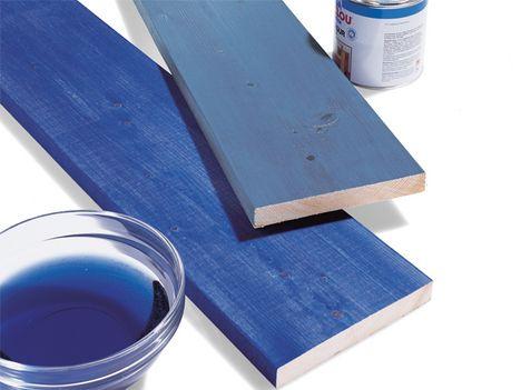 Blaue Holzlasur