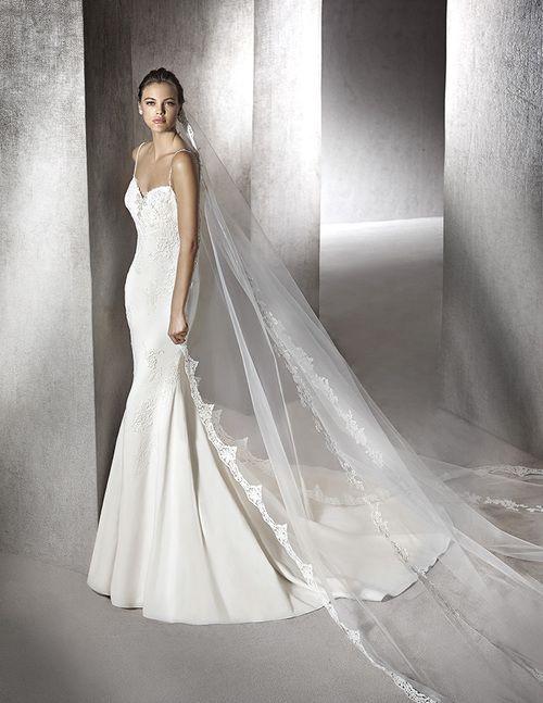 69 best San Patrick wedding gowns images on Pinterest   Short ...
