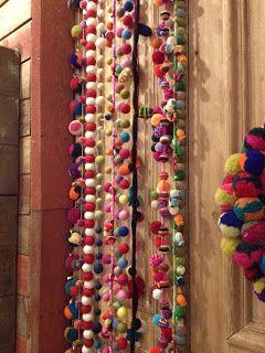cortina de boles de llana