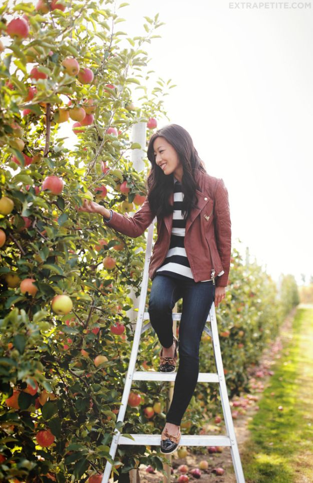 33 Spectacular Bachelorette Party Ideas: Fruit Picking! | Ultimate Bridesmaid