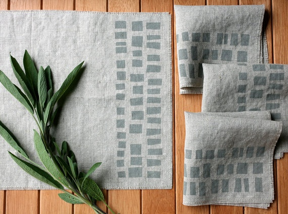 linen cocktail napkins