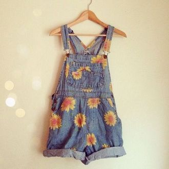 dress dungarees daises yellow denim short floral dungarees shorts jeans cute flowers denim overalls overalls sunflower vintage jumper floral jumper floral floral overalls indie hipster boho denim overall shorts daisy pineapple sunflower overalls summer blouse dasies dasiy short overalls i'm #trending pretty tumblr romper jumpsuit shirt