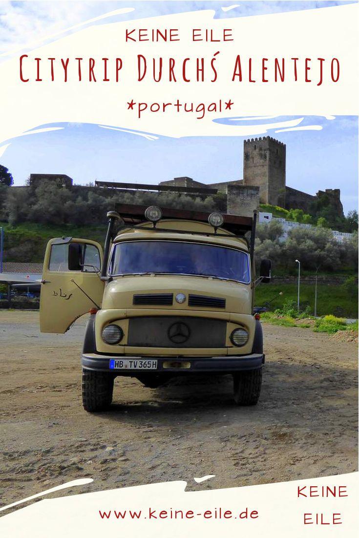 Auf unserem Roadtrip entlang des Rio Guadiana in Portugal haben wir bisher fast ausschließlich die Naturschönheiten des Alentejo bewundert - jetzt schauen wir uns all die kleinen Städte an. Wir besichtigen Mertola, Moura und Monsaraz. Gehen sogar ins Museum von Luz - dem im Alqueva Stausee versunkenen Dorf.