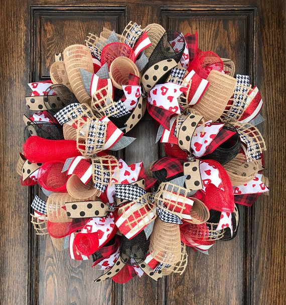 Valentine wreath for front door  burlap valentine wreath