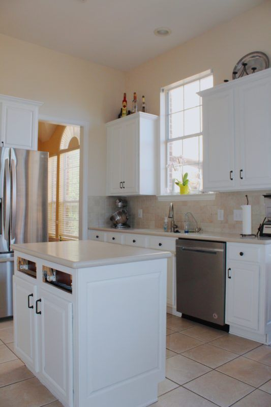 How I Painted My Boring Oak Kitchen Cabinets White HOME Oak