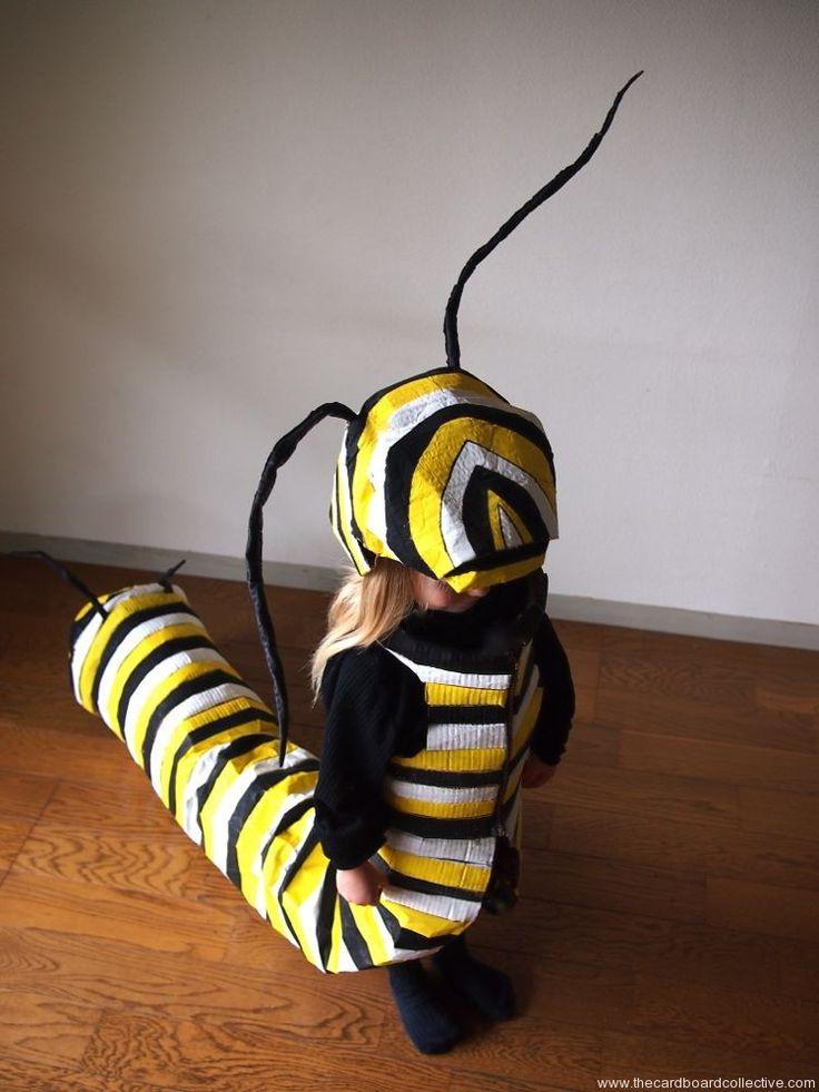 El Colectivo de cartón: Oruga del monarca de vestuario