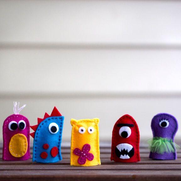 les 25 meilleures id es concernant marionnettes doigts sur pinterest marionnettes. Black Bedroom Furniture Sets. Home Design Ideas