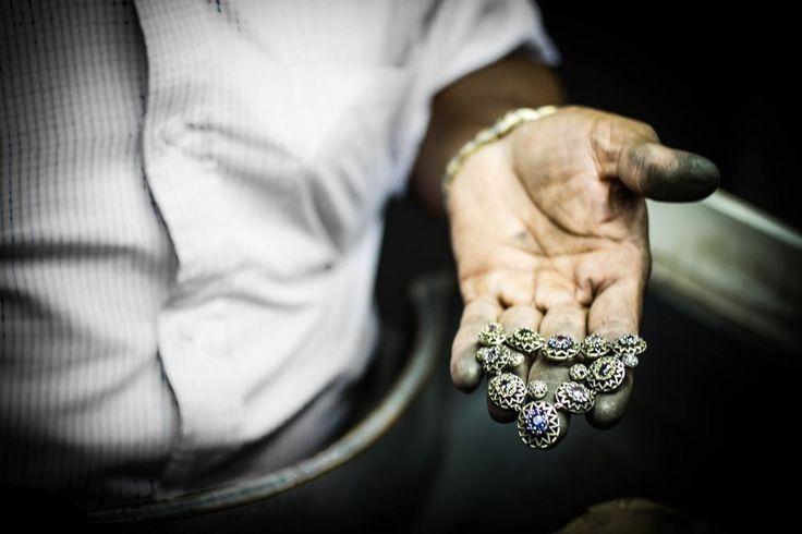 jeweler  by neny.t.wahyuni