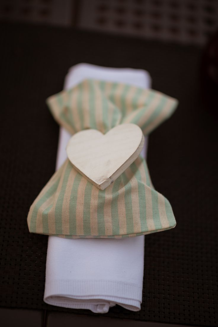 bomboniera striped fabric wooden white heart greece