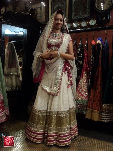 sabyasachi bridal 2013 - Google Search