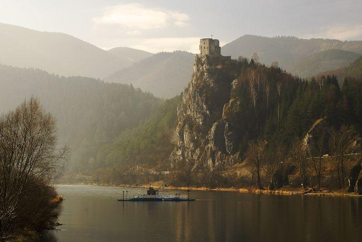 Strečno castle over the river Váh