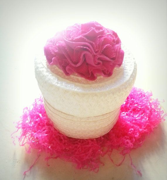 Flower Girl Basket,  White Basket/Pink flower by Saradonnapurple, €9.99