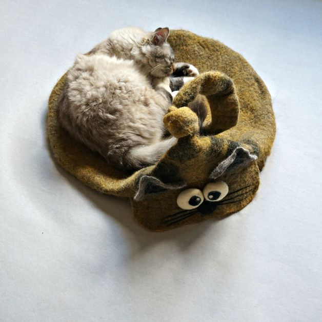 Cat Beds – Cat cave, Cat basket, Cat bed from wool – a unique product by FeltInteriorDesign on DaWanda