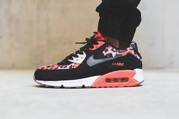On foot look at the Nike Air Max 90 PA Hot Lava. Coming 15th August.  http://ift.tt/1P9jdHe