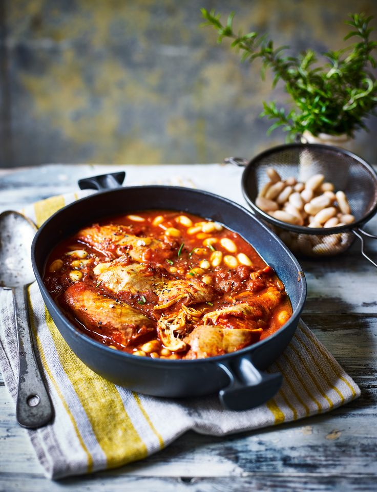 This gluten-free, low-fat cacciatore with cannellini beans and rosemary is slow-cooked for maximum flavour and beautifully tender chicken.