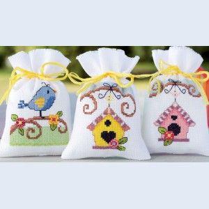 Bird Houses, assortiment kruidenzakjes, te borduren met telpatroon