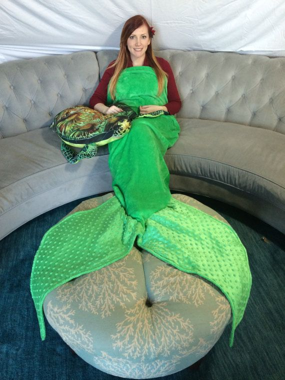 Need to make for Hannah, maybe me too Adult Fleece Mermaid Tail Blanket