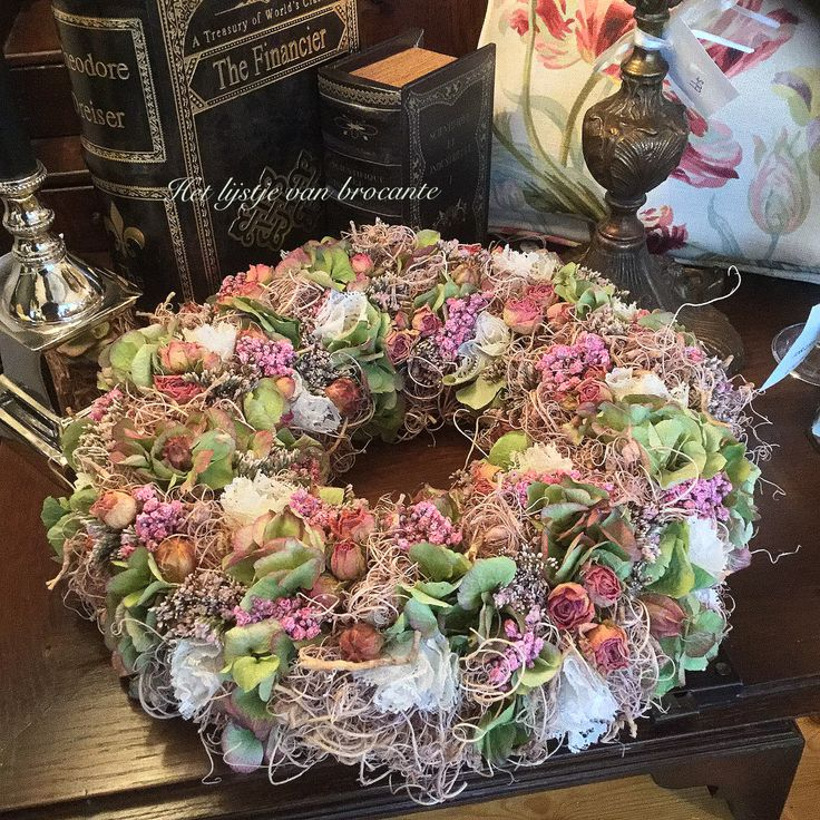 Homemade wreath....by Silvia Hokke