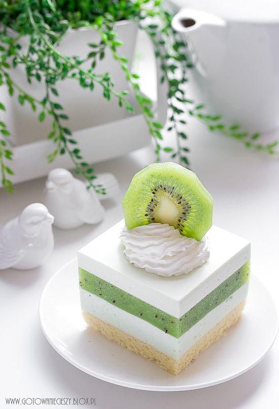 Sernik z musem z kiwi | Kiwi mousse cheesecake || gotowaniecieszy.blox.pl