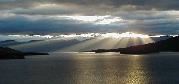 Flathead+Lake+Montana+March+2011+b.jpg 819×386 pixels