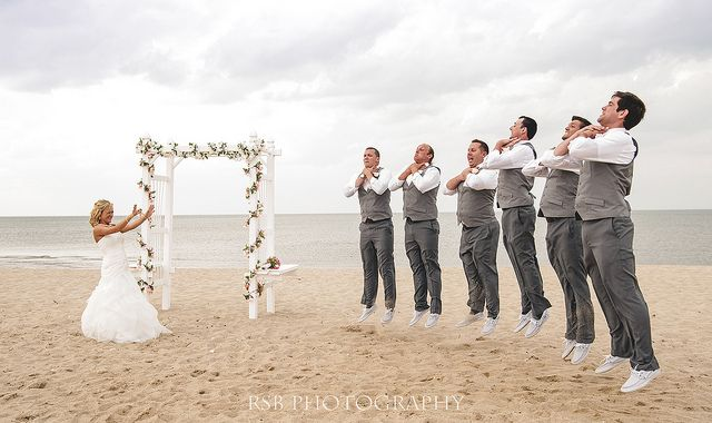"""Bridal """"Force Choke"""" Star Wars Wedding photo....can't remember if I've already posted this, but I love it and it WILL happen! Lol"""