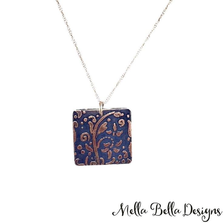 I don't know if I can part with this one... But I might be convinced  . #mellabelladesigns #necklaceoftheday #etchedcopper #perfectpatina