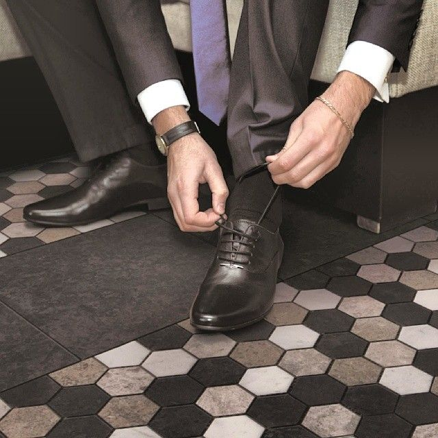Sleek and stylish / HM-05-12 #veromar #naturalstone #mosaic #polymosaics #hexagonmosaics