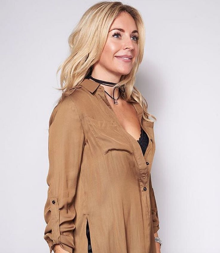 ONE LEFT Minkpink khaki shirt now in the sale with just one left! £55! https://www.havetolove.com/collections/sale/products/mink-pink-khaki-introduction-military-shirt #sale #NEfollowers #minkpink #khaki