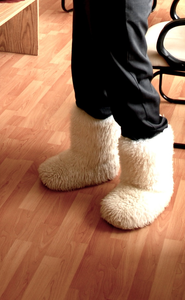Fuzzy boot slippers