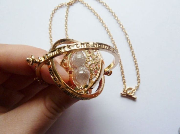 Collier retourneur de temps d'Hermione (Harry Potter)