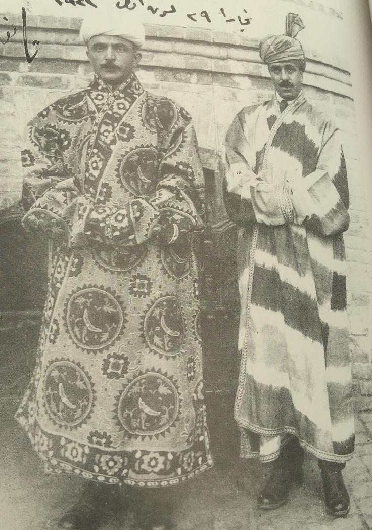 1921 Enver Paşa, Buhara mahalli kıyafetli.