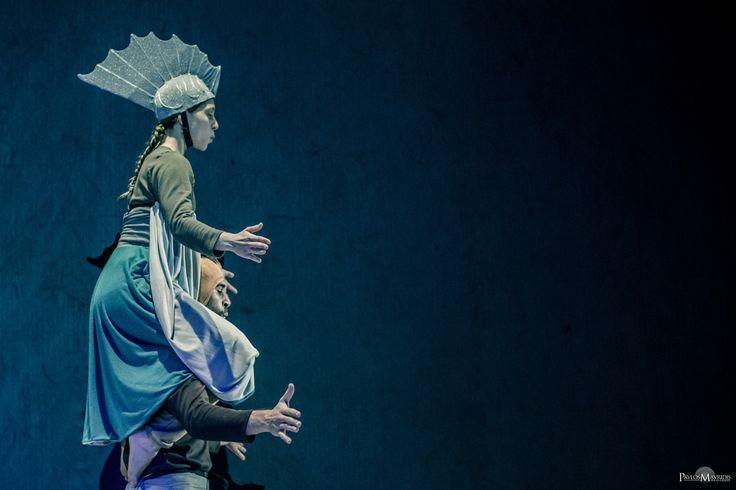 """Το Δικό Μου Ψάρι - From """"Kinitiras Dance Spectacle"""" performance """"Το Δικό Μου Ψάρι"""" at Rēs Ratio Network - Θέατρο Ροές. Concept: Antigone Gyra Music: Orestis Tanis Director/Choreographer: Antigone Gyra, Yannis Oikonomidis, Joanna Kampylafka Costumes: Konstantina Vafiadou Paintings: Iason Venetsanopoulos Video: Aggeliki Xatzi Dramaturgy/Lyrics: Hara Yiannakopoulou Lighting: Anti Steve Assistant director: Antzy Val Performers: Yannis Oikonomidis, Kostis Daskalakis, Anthi Thefilidi, Candy…"""