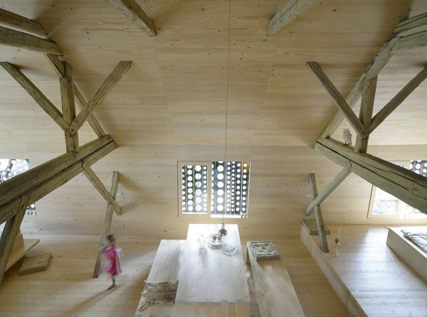 nowoczesna-STODOLA_Alpine-Barn_Ofis-arhitekti_09
