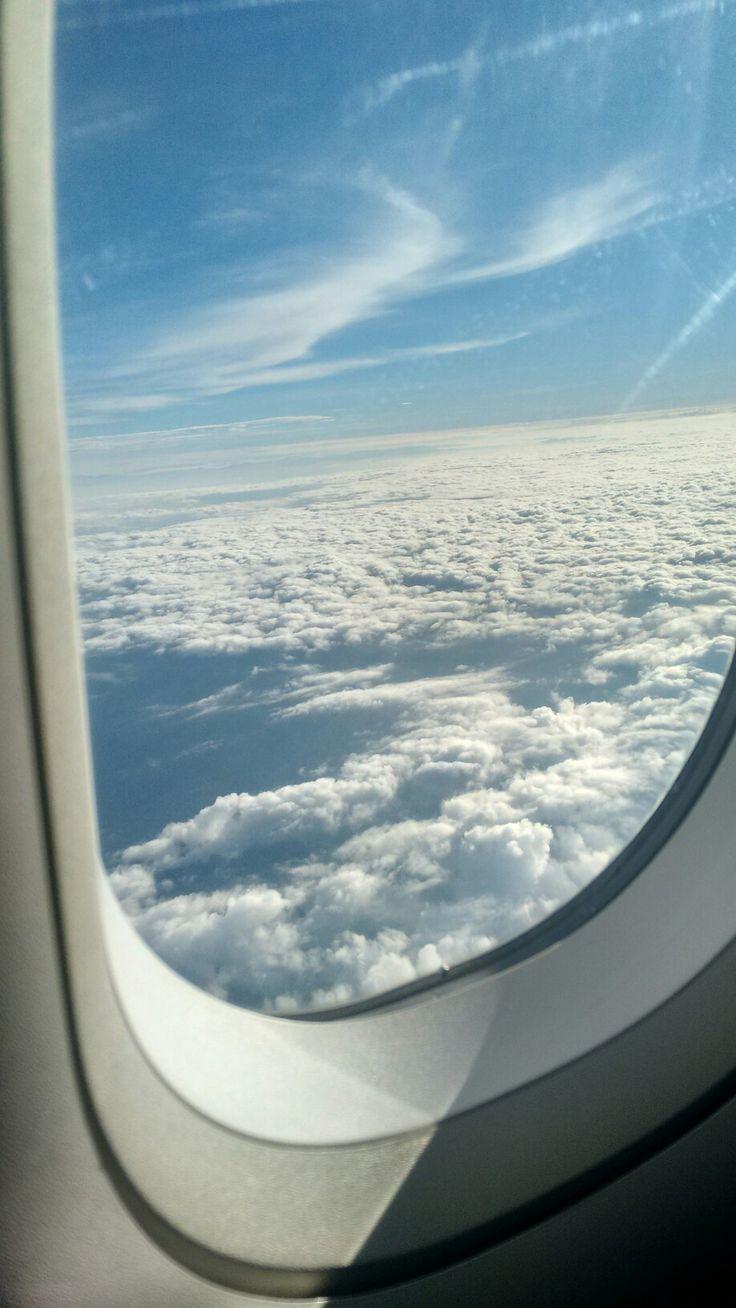 Sobre el cielo rumbo a Cali