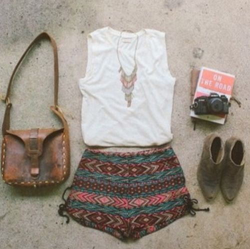 I love the printed shorts a lot. The flowy shorts that are in right now are perfect for me because they are so comfortable. Also, I love the vintage looking bag, it looks really cool.