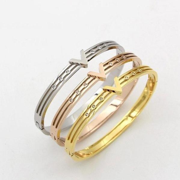اسوارة فالنتينو ميتال Bracelet Designs Accessories Bracelets Bracelets