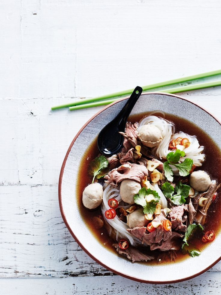 Thai boat noodles | For the foodies | noodles | thai | dinner | foodie | food | food porn | food styling | food photography | yum | eat | recipe | Schomp MINI