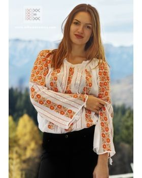 lovely hand embroidered Romanian blouse - worldwide shipping from www.ieRomaneasca.com - online shop
