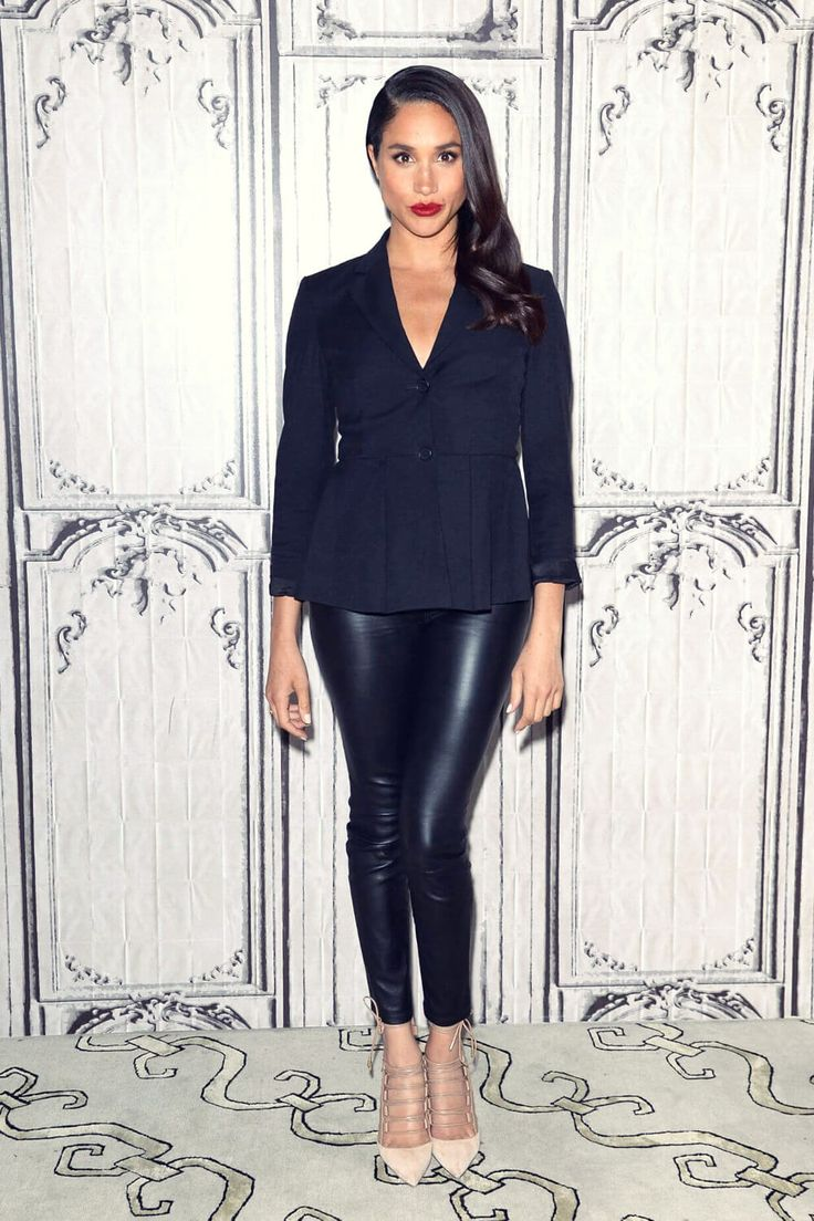 Meghan Markle at the AOL Build Speaker Series for Suits #leatherpants #leatherskinnypants