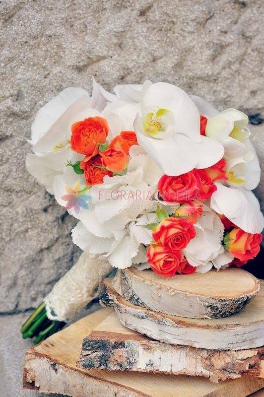 buchete de mireasa din orhidee si hortensie alba / orchid wedding bouquet
