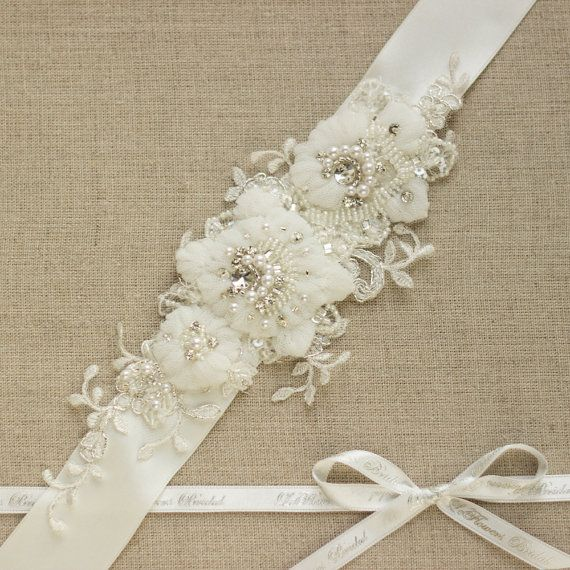 Wedding dress belt, Lace sash, Lace belt, Rhinestone sash, bridal belts sahes, IVORY, applique sash, crystal sash, floral sash, tulle sash