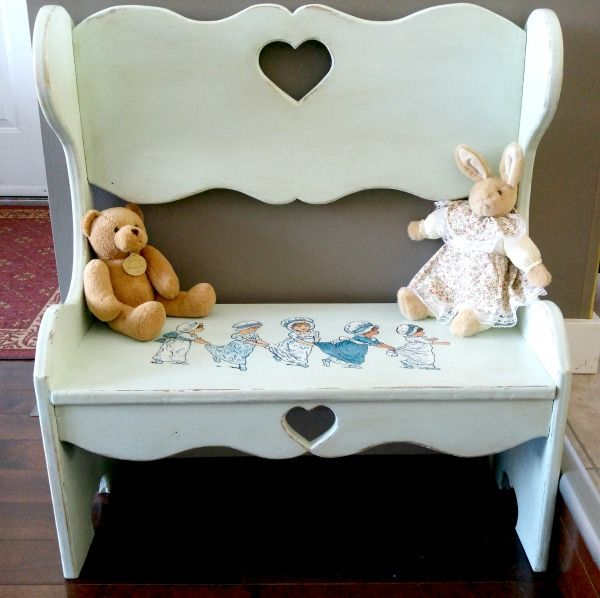 Hand Painted Vintage Bench - Reader Feature - The Graphics Fairy