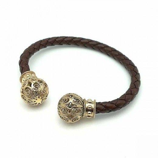 Torque plata y cuero unisex / Torque Sterling Silver and leather #style #bracelets #formen #unisex #sterlingsilver @tiendasduarte #moda #fashion Available in http://www.tiendasduarte.com/tienda/es/1265-torque.html