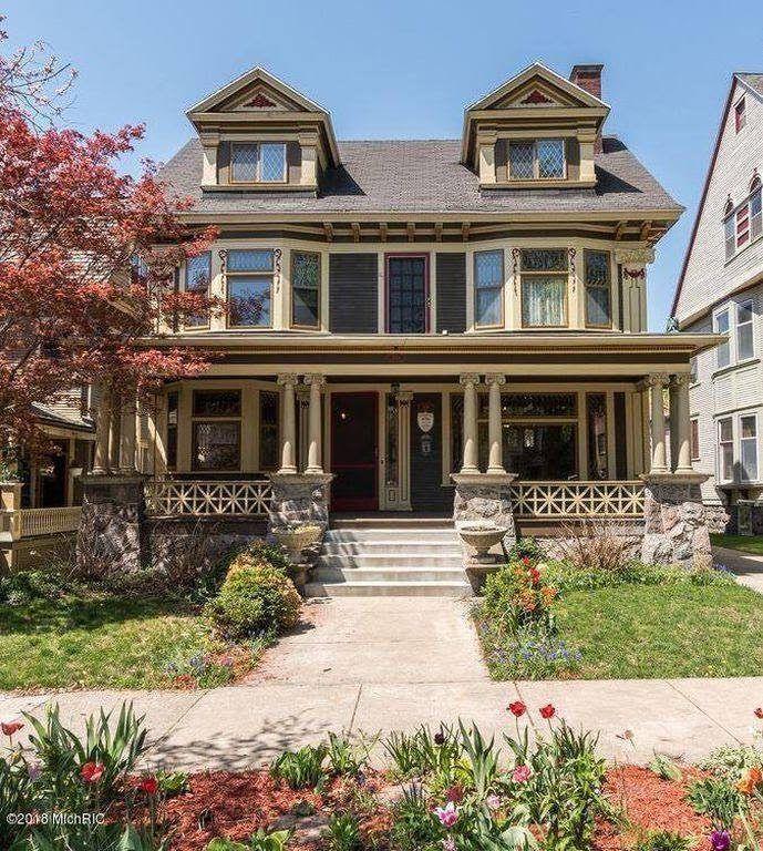 1906 Victorian In Grand Rapids Michigan Heritage House Old Houses For Sale Grand Rapids Michigan