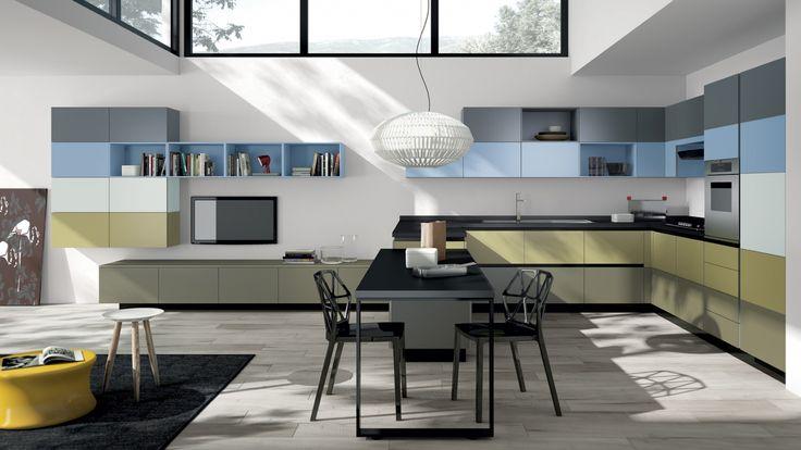 Tetris kuchyň spojená s obývacím pokojem, designový multifunkční prostor / multifunctional living space (kitchen with living room)